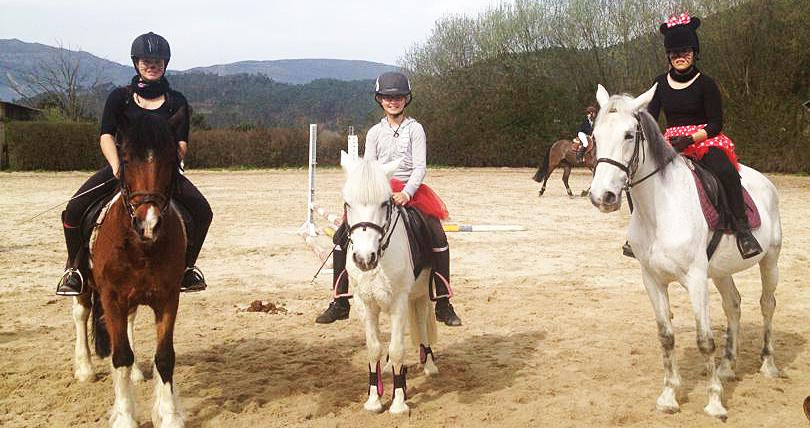 Campamento de equitación para niños en Madrid