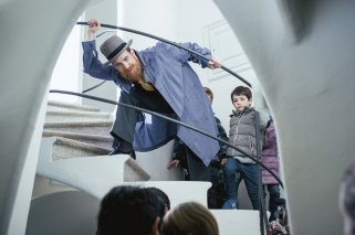 Visita teatralizada en la Casa Batlló, en Barcelona